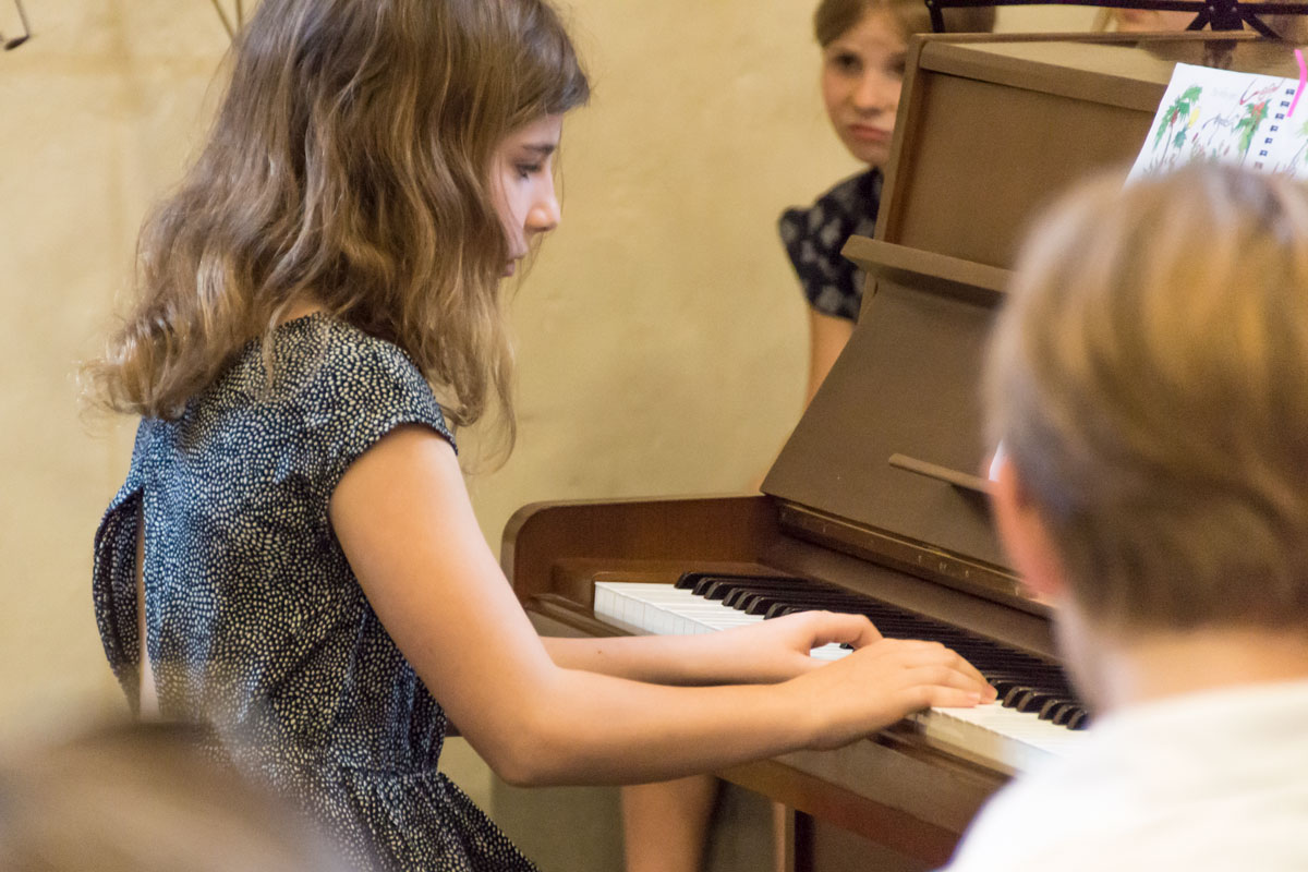 Helena Gitzel, Klavier